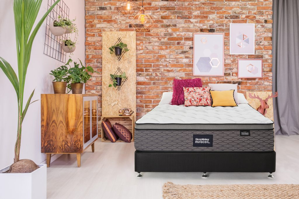 Sleepmaker Chiropractic Extend Mattress